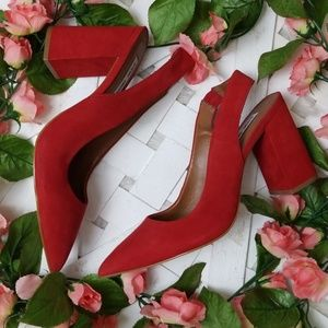 Steve Madden sz 9 Red Suede Pointed Toe Heels